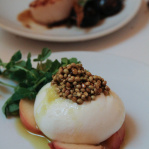 Burrata, peach, fennel and coriander seeds (Ottolenghi - Nopi)