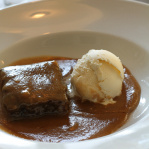 Sticky toffee pudding / Sansho